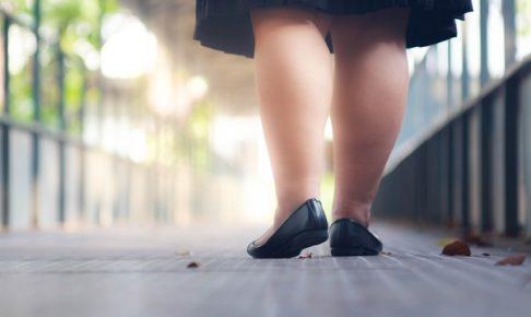 太い脚見えるスカート