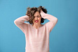 ストレスたまる女性